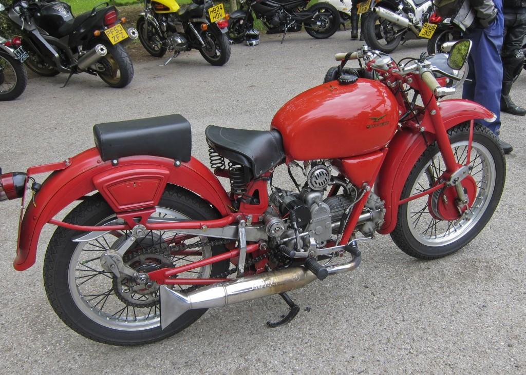 Moto Guzzi 2