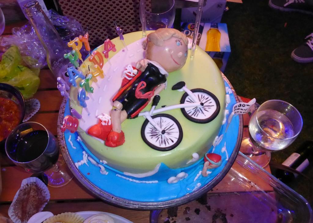 laurenT cake
