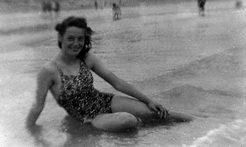 Joan in sea