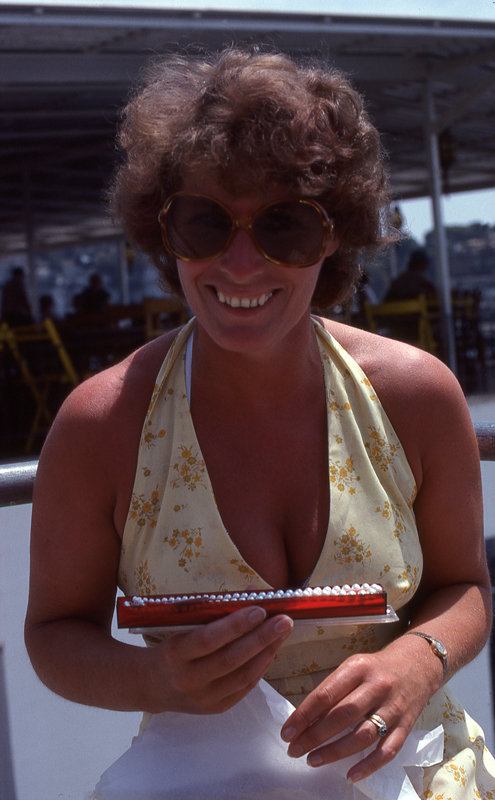Pat pearls3_Majorca_1975