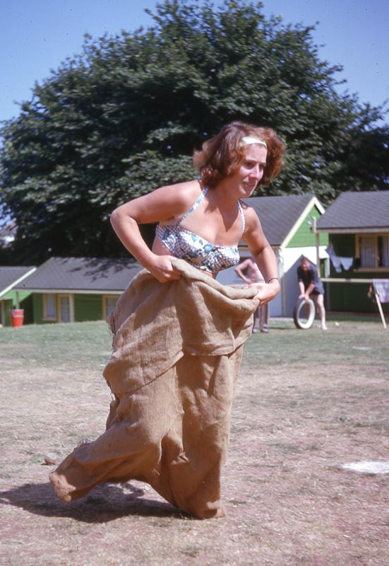 Pat sack race_1964