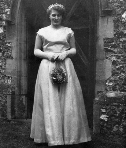 Pat_bridesmaid1956